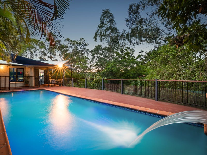 12 Westminster Court, Brookfield, Qld 4069