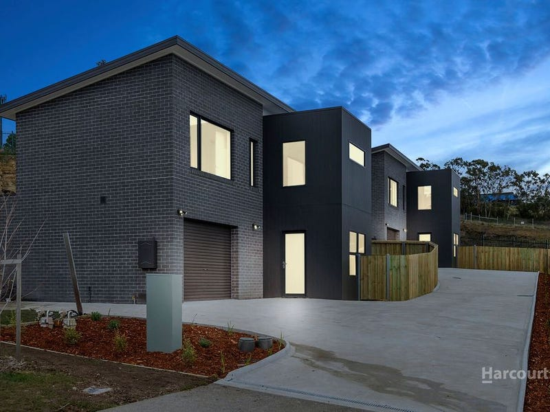 1 & 2/6 Dowding Crescent, New Town