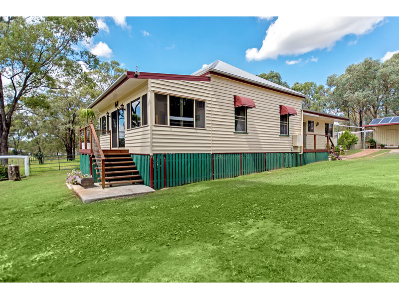 80 Golf Course Road, Goombungee