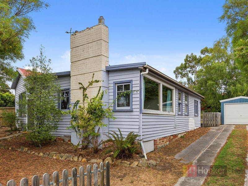 233 Roslyn Avenue, Blackmans Bay