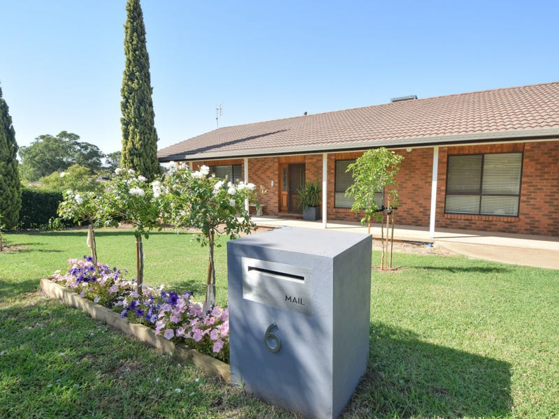 6 Hardy Avenue, Young, NSW 2594