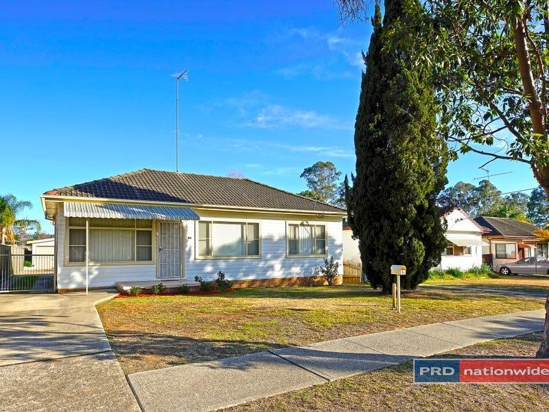 84 Penrose Crescent, South Penrith