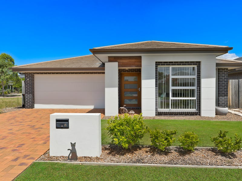 8 Irons Rd, Wyong, NSW 2259
