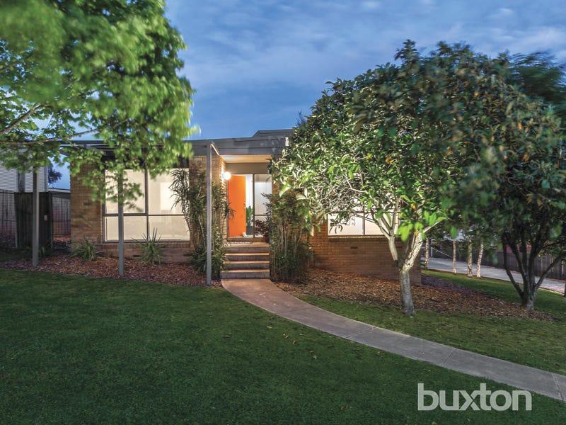 8 Cullinan Court, Ballarat North