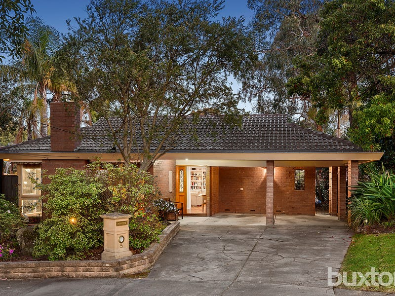 5 The Glade, Wheelers Hill