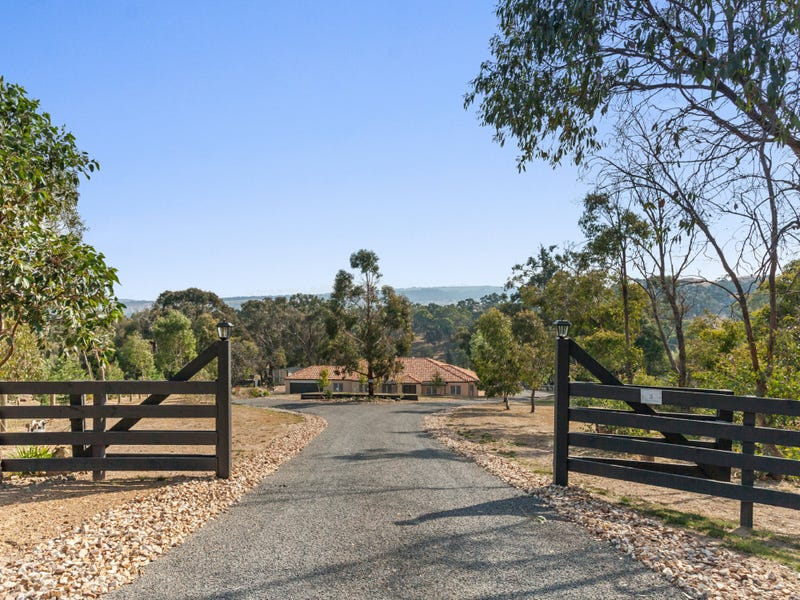 3 Triora Court, Hidden Valley