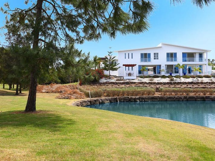 1037 Royal Pines Resort, Benowa