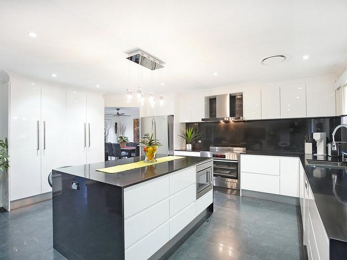 42 Aberdeen Cct Glenmore Park Nsw 2745 Property Details