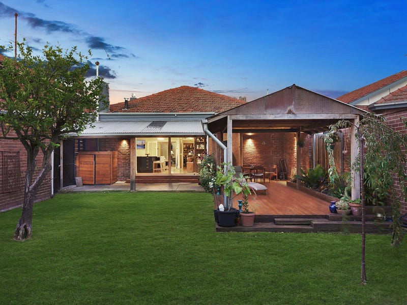 2 Hawsleigh Avenue, Balaclava