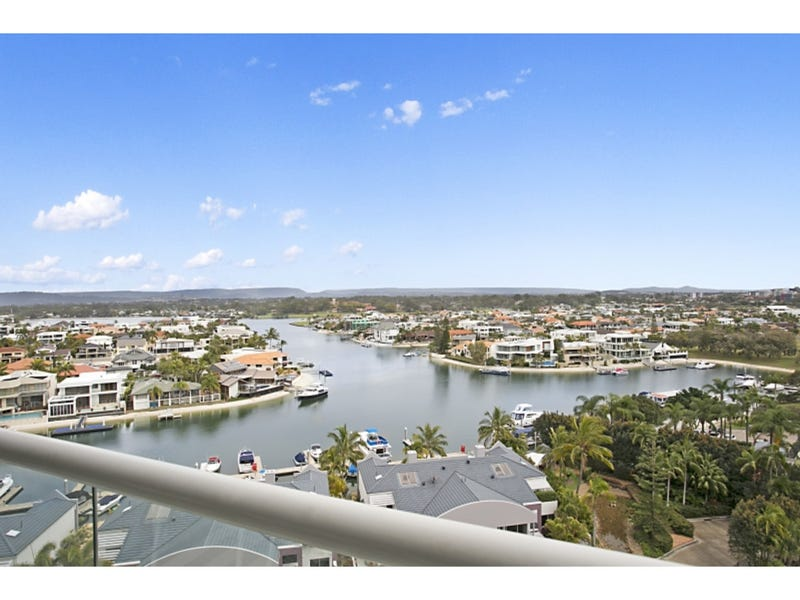 51 Grand Mariner, 12 Commodore Drive, Paradise Waters