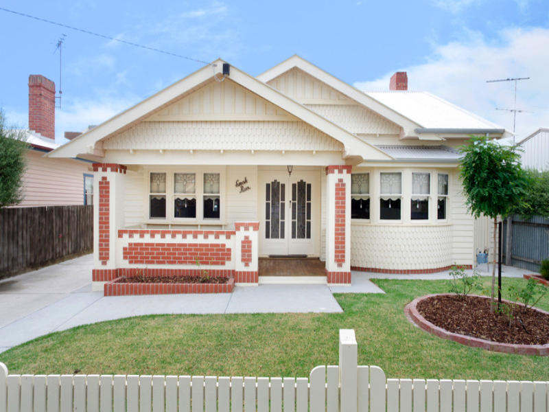 17 Campbell Street East Geelong Vic 3219 Property Details