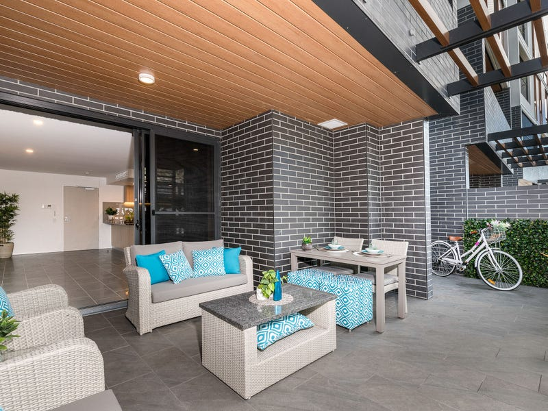002/125 Station Road, Indooroopilly