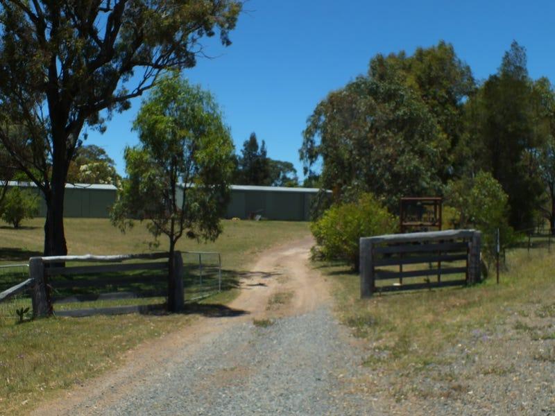 1325 Connolly Dam Road, Silverwood, Qld 4370