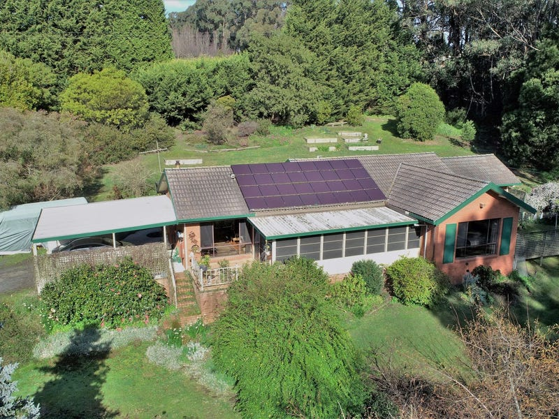 27 Old Thorpdale Road, Mirboo North, Vic 3871