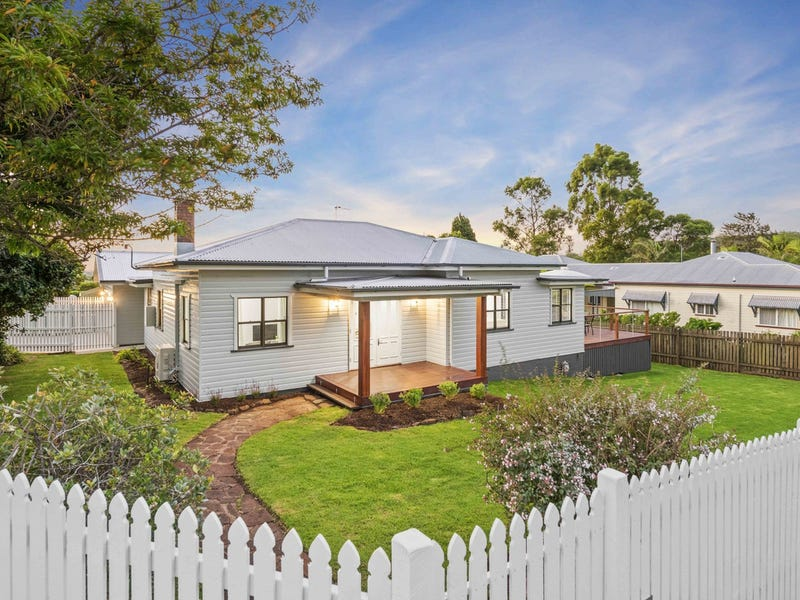 39 Curzon Street, East Toowoomba