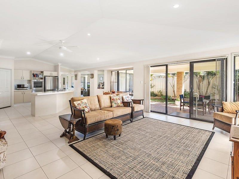 15 Braeroy Drive, Port Macquarie