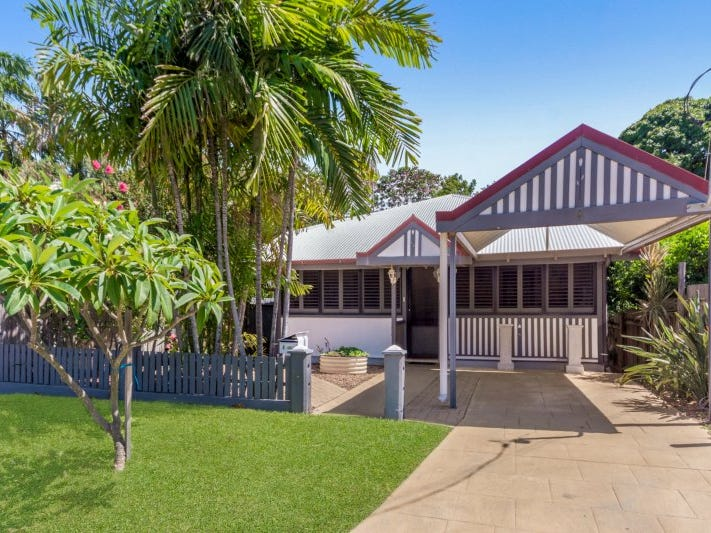 6 North Street, West End, Qld 4810