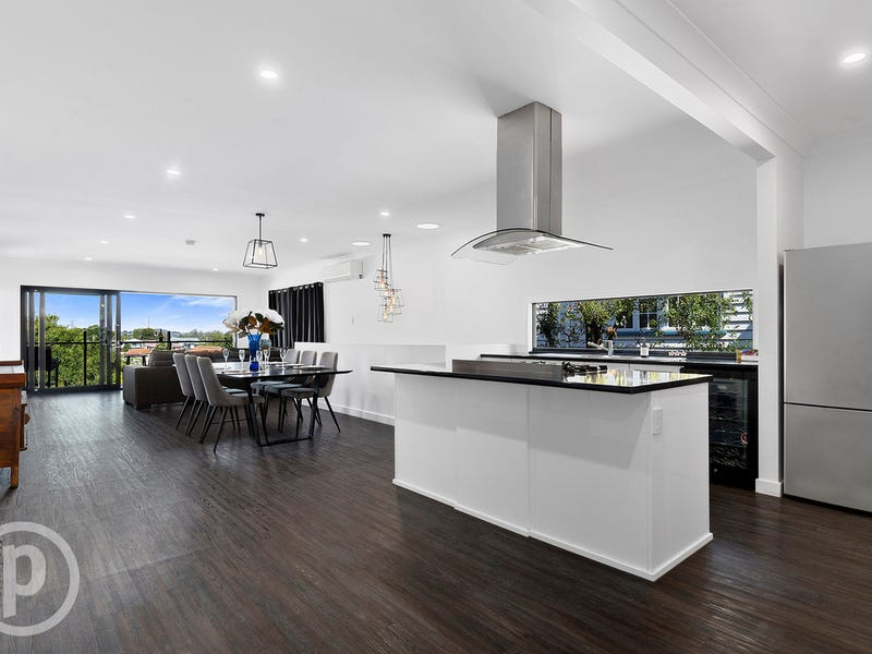 292 Rode Road, Wavell Heights, Qld 4012