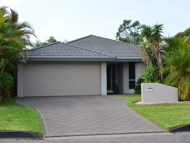 97 Terence Avenue Lake Munmorah Nsw 2259 Property Details