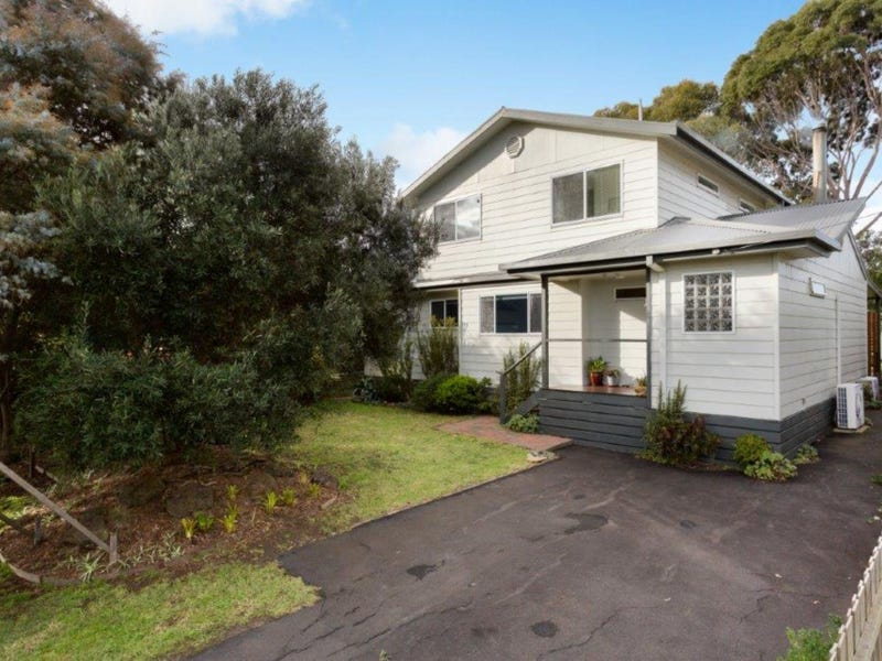57 SCENIC DRIVE, Cowes, Vic 3922