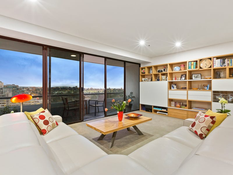 143/29 Queens Road, Melbourne