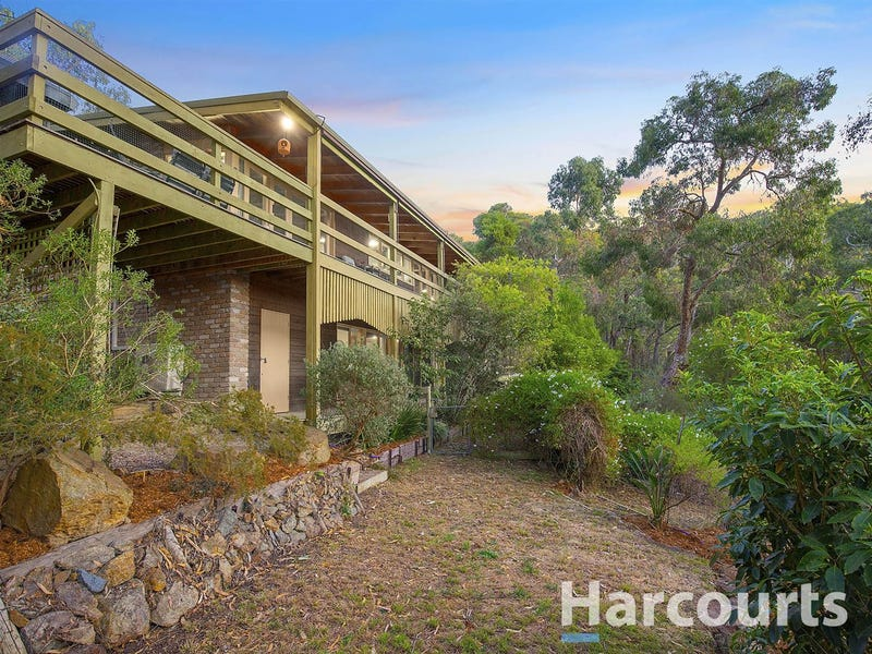 72 Bayview Crescent, The Basin, Vic 3154