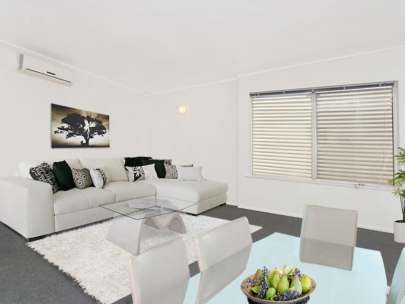 2/129 Brooks Street, Bar Beach, NSW 2300