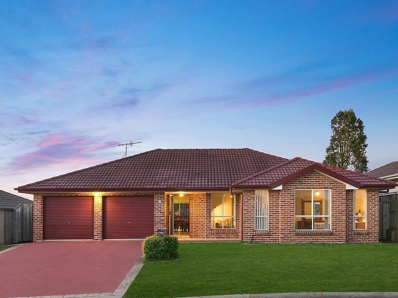 8 Farmgate Row, East Branxton