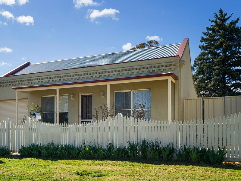 35A  Greenhill Avenue, Castlemaine
