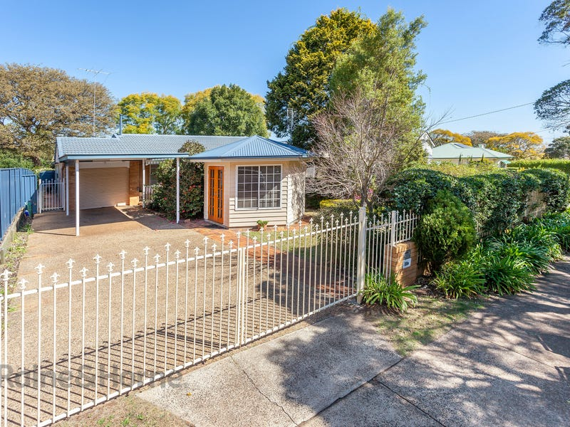 20A Herries Street, East Toowoomba