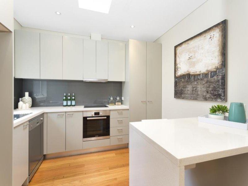 2/77A Edinburgh Road, Castlecrag, NSW 2068