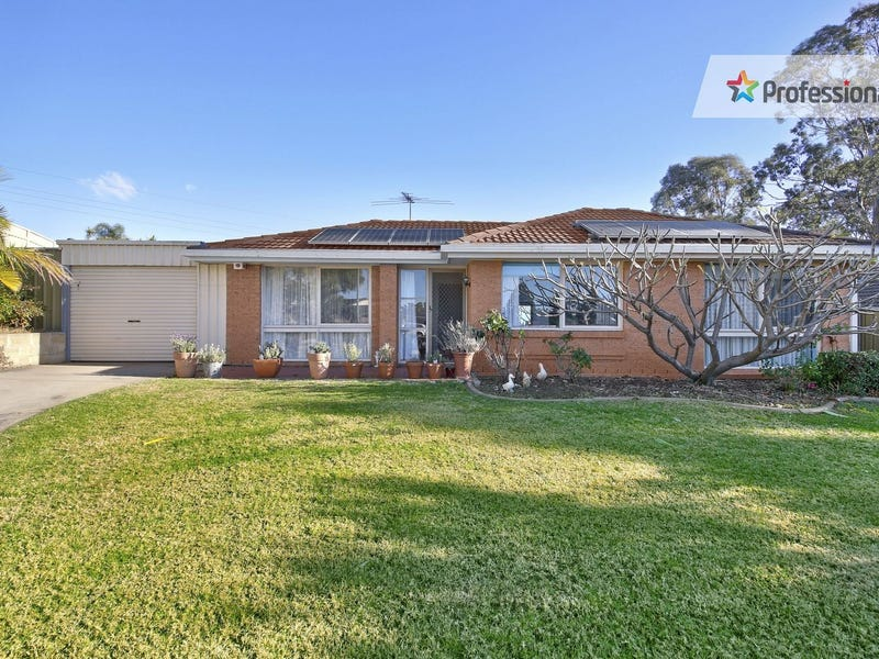 6 Claudius Place, Rosemeadow