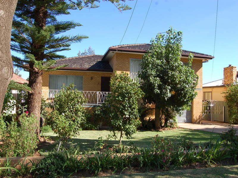 10 Thorby Crescent, Griffith, NSW 2680 - Property Details