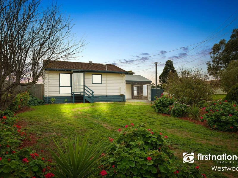 9 Retreat Place, Werribee
