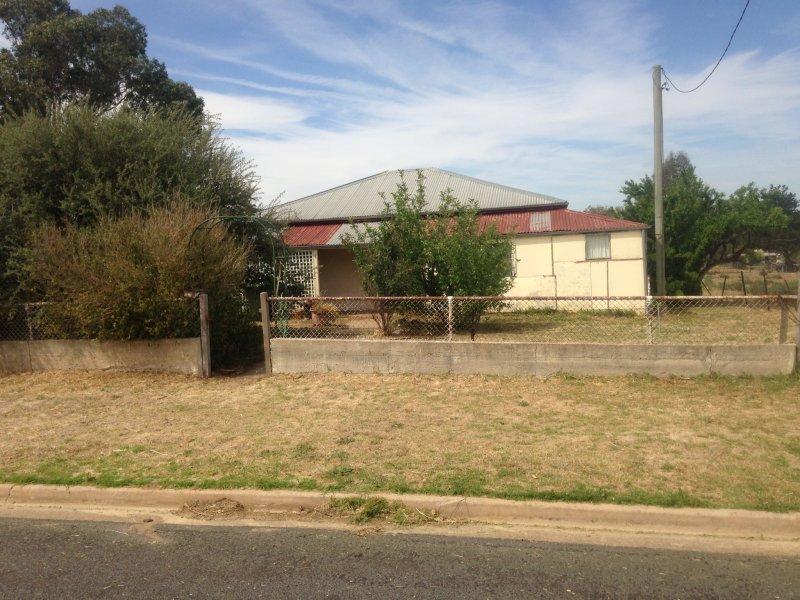 88 North street, Harden, NSW 2587