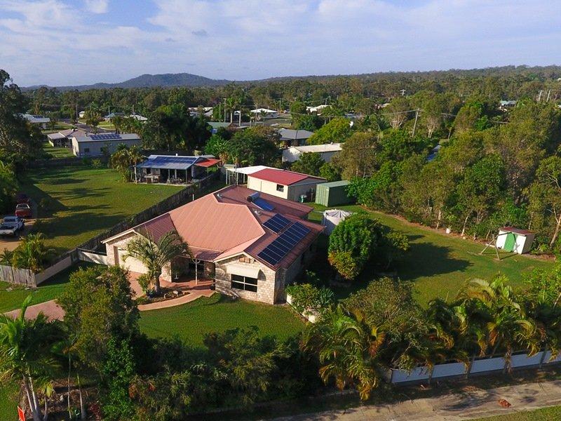 8 Esperance Court, Cooloola Cove
