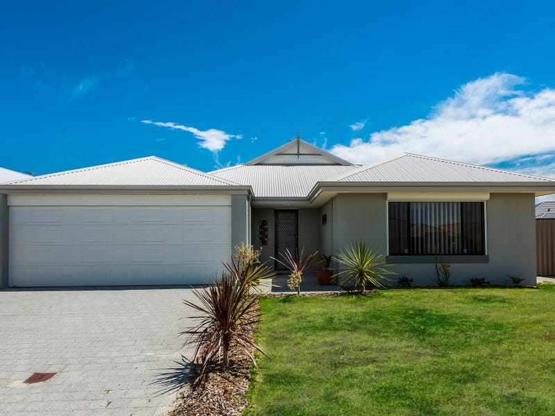 17 Wilderness Way, Aveley