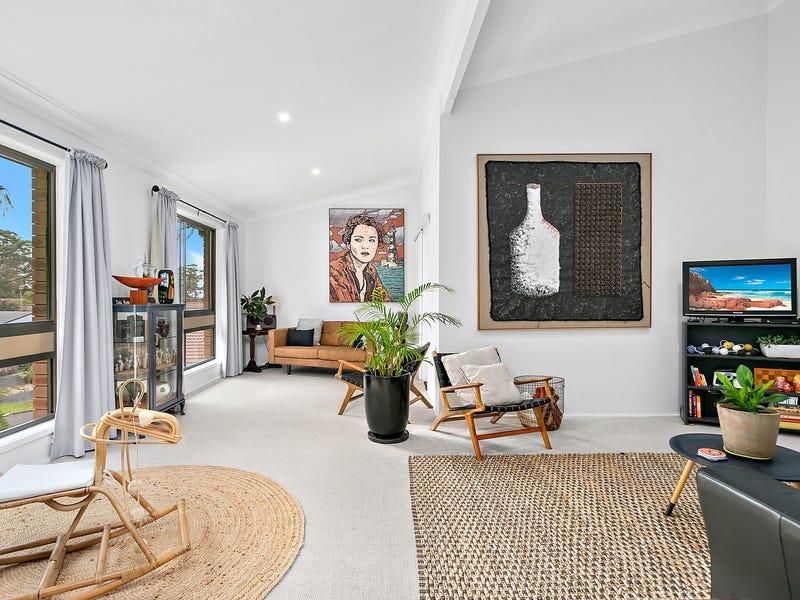 40 Kanangra Drive, Thirroul, NSW 2515