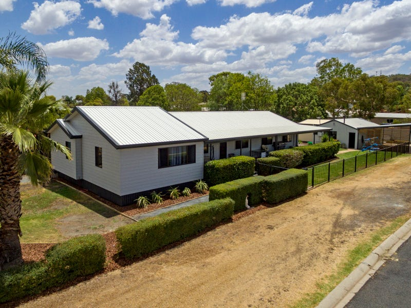 1 Ruby Street, Kingsthorpe, Qld 4400