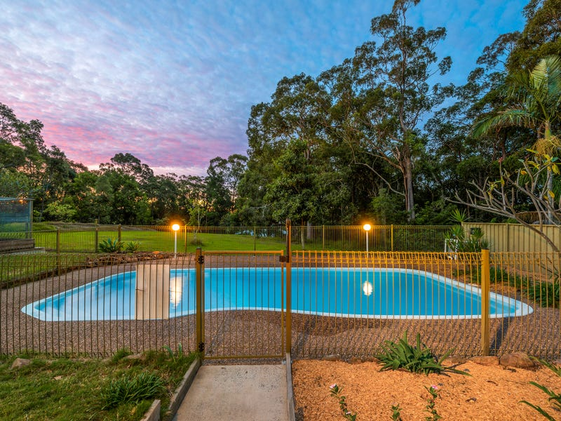 92 Glad Gunson Drive, Eleebana, NSW 2282