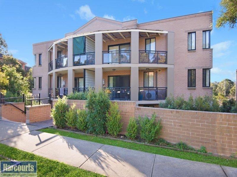 12 65 69 stapleton street pendle hill nsw 2145. Black Bedroom Furniture Sets. Home Design Ideas