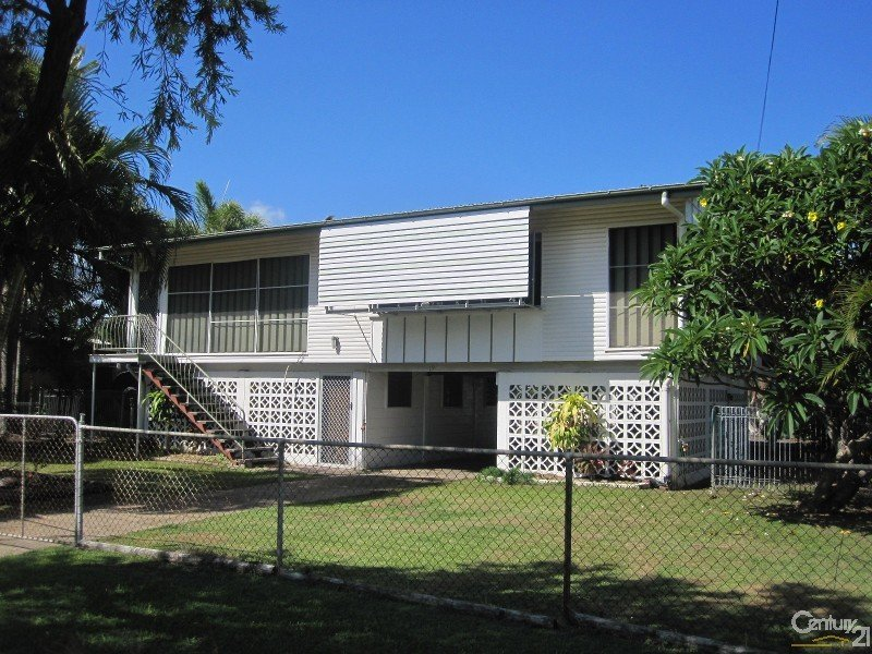 19 HERALD STREET, Rowes Bay, Qld 4810