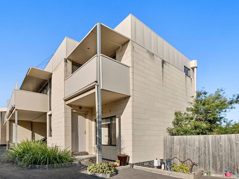 6/13-19 Purcell Court, Werribee