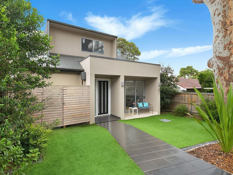 2/237 Burraneer Bay Road, Caringbah South