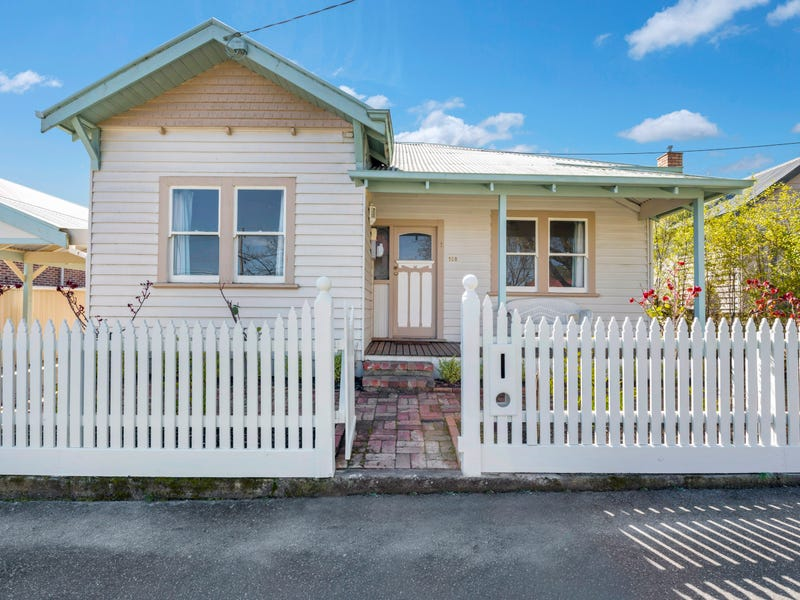 108 Brougham Street, Soldiers Hill, Vic 3350
