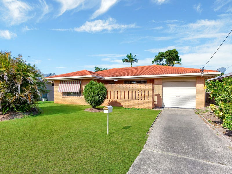 42 Denawen Street, Palm Beach, Qld 4221