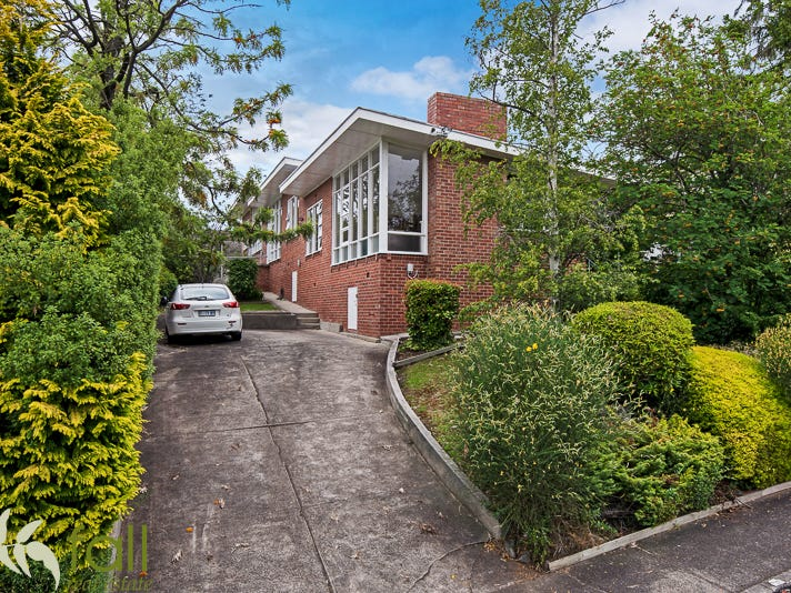 2/2 Woolton Place, Sandy Bay