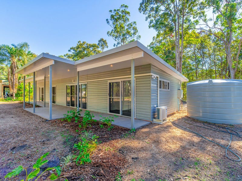 16 North Street, Woombah, NSW 2469