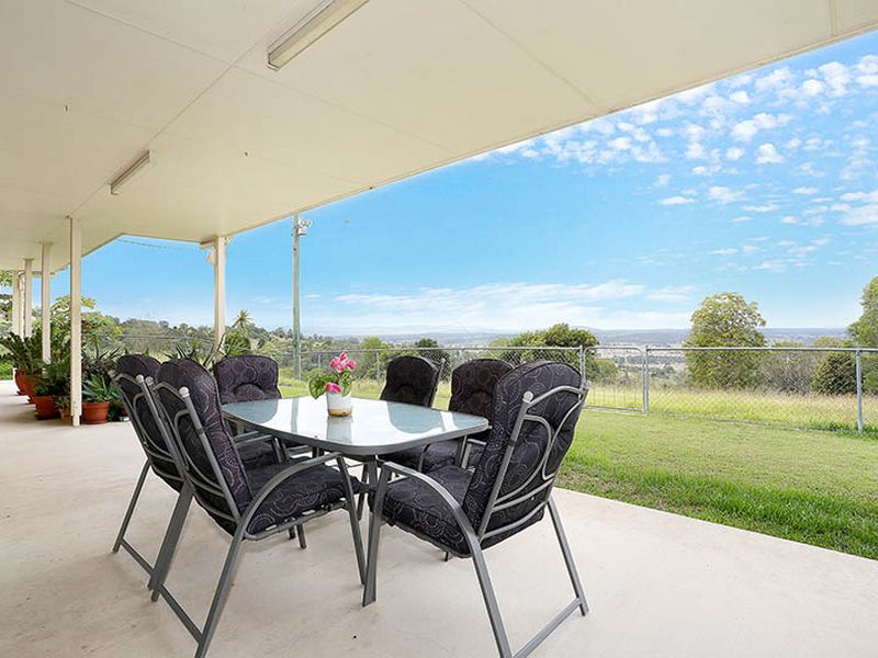 141 Strasburgs Road, Lark Hill, Qld 4306