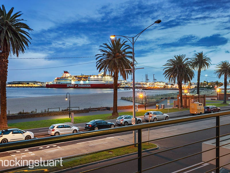 204/62 Beach Street, Port Melbourne